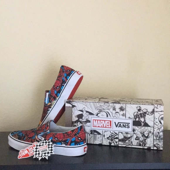 Vans Spider Man Marvel Men��s Slip On Shoes